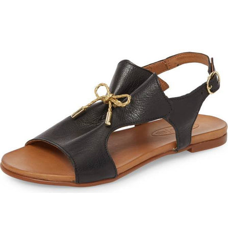 Tai Leather Sandal in Black