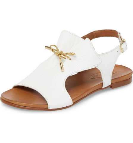 Tai Leather Sandal in White