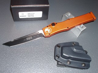 Microtech Halo V  T/E, Black, Standard, Orange Handle with Black Hardware, OTF Knife   150-1OR
