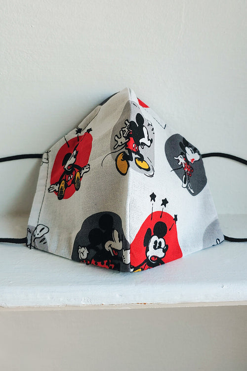 Love Struck Mickey Mask