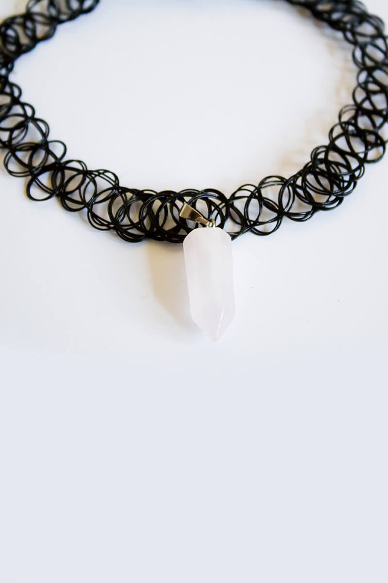 Clouded Crystal Choker