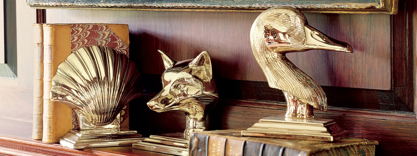 Jefferson Brass Company. Brass Bookends, Seashell Bookend, Fox Head Bookend, Goose Bookend. Welcome to Jefferson Brass Company  Designers and manufacturers of high quality brass gifts and brass decor. Brass door knockers and brass stocking hangers.
