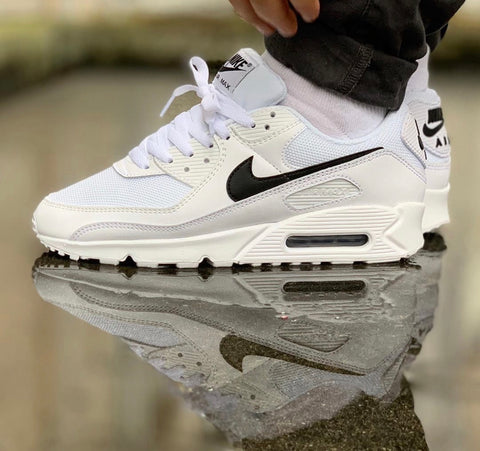 NIKE AIR MAX 90 WHITE BLACK