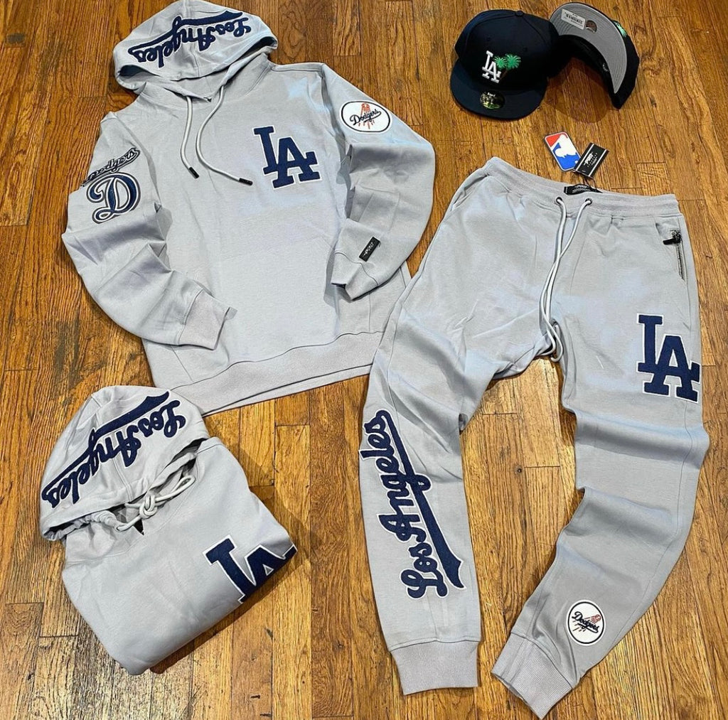 LOS ANGELES DODGERS EMBROIDERED SWEATSUIT