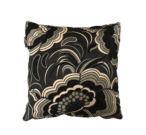 'Kings' cushion