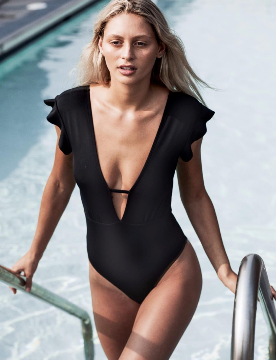 SOPHIA ONE PIECE - BLACK