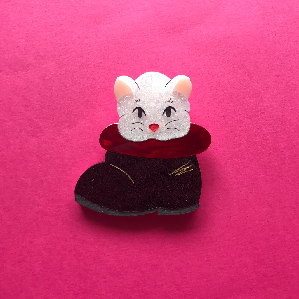 Mrs Clause's Cat Brooch