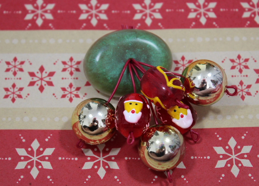 Santa's Bundle Brooch