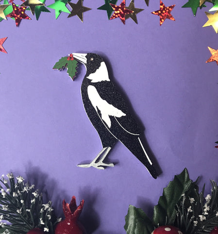 Melly the Christmas Magpie