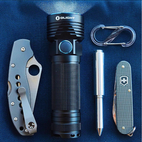 Notorious EDC Knives and Flashlight