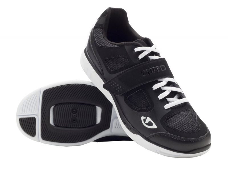 Giro Grynd Shoe - Black/White