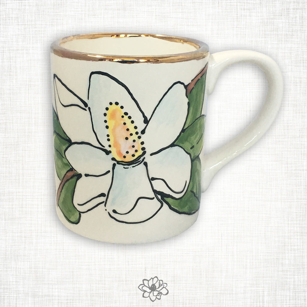 Magnolia Mug with Gold Trim