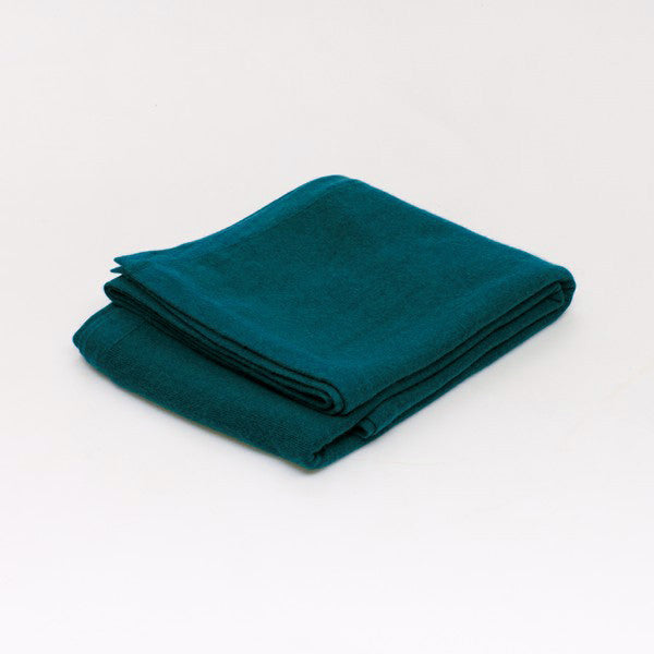 Cashmere blanket in Teal