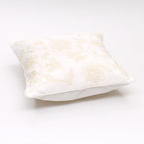 Jole' Home May cushion in white