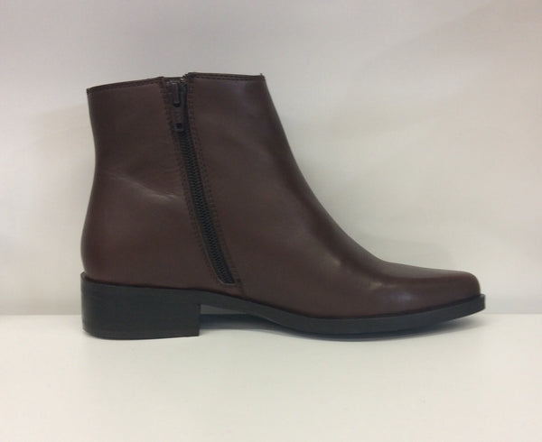 By Neo Leather Ankle Boot - Vegas - Brown - Sole Sister Shoes