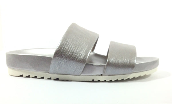 Naturalizer - Amabella - Leather Slides in Silver