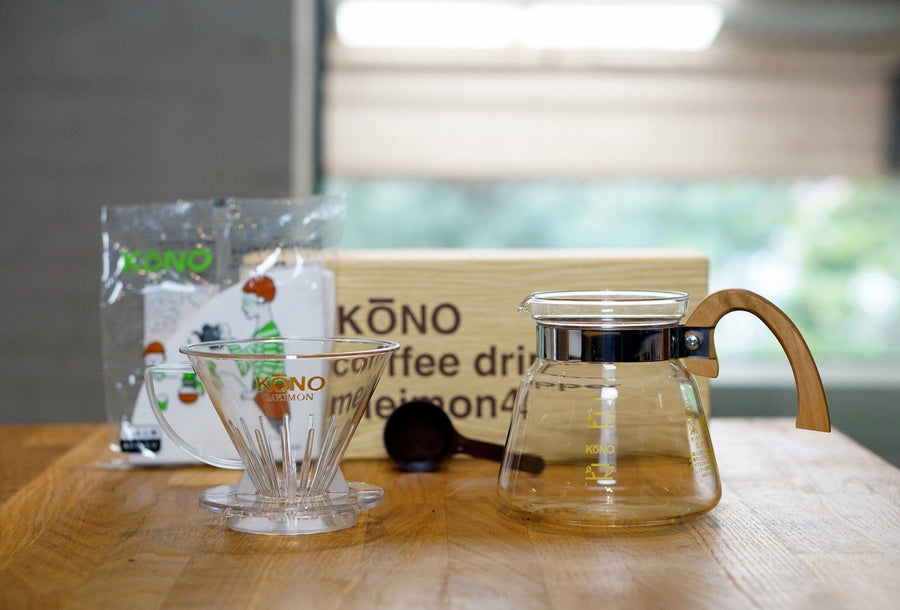 KONO Meimon 4 person coffee dripper set - Sakura Wood handles - Kurasu  - 1