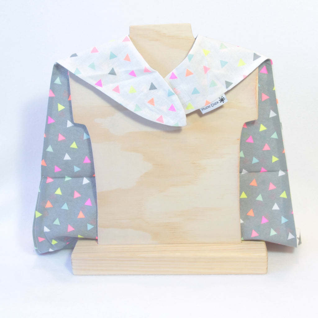 Mucky Duck kids dress up cape white grey fluro triangles