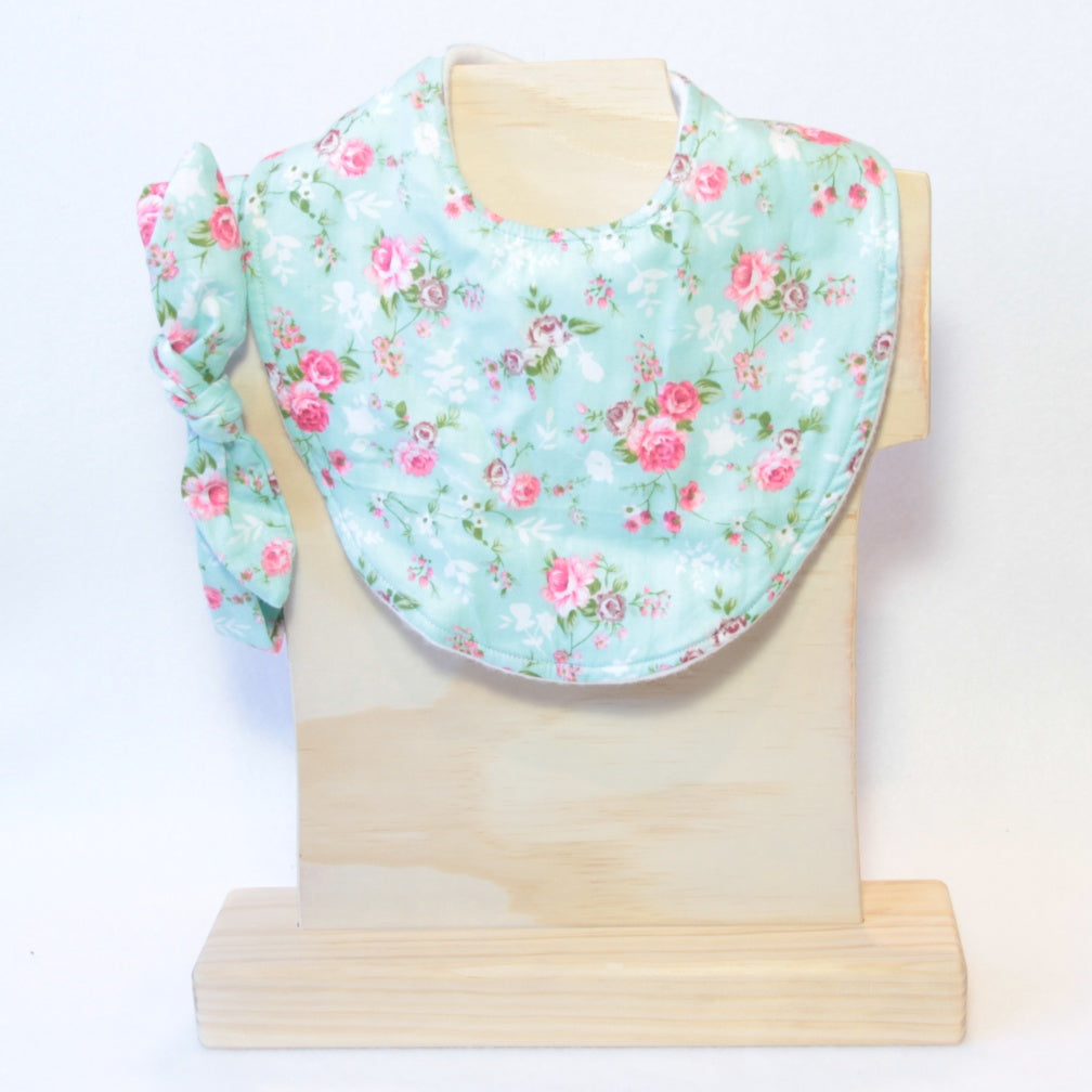 Mucky duck crafts mint with pink roses regular dribble bib and matching top knot headband