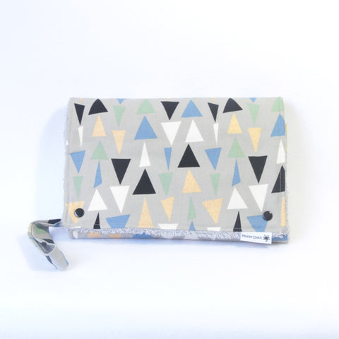 Mucky Duck Crafts Nappy wallet and change mat set grey blue green triangles geometric pattern baby travel