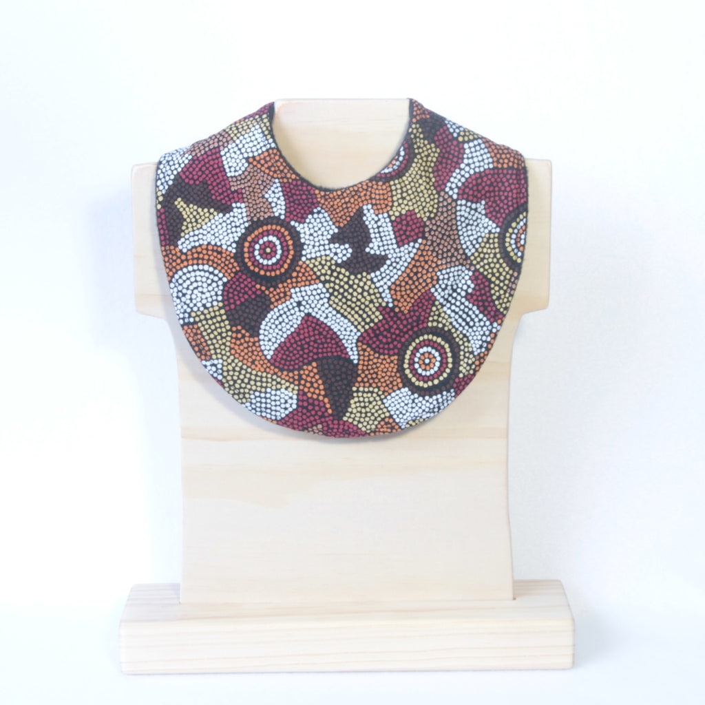 Mucky Duck Crafts Aboriginal art dribble bib