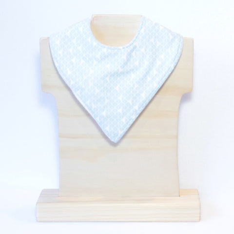 Mucky Duck blue and white geometric pattern dribble bib