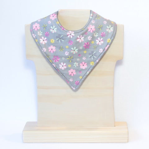 Mucky Duck grey with pastel flower pattern bandana dribble bib