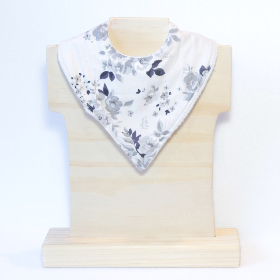 Mucky Duck Crafts greyscale roses with pink highlights bandana dribble bib