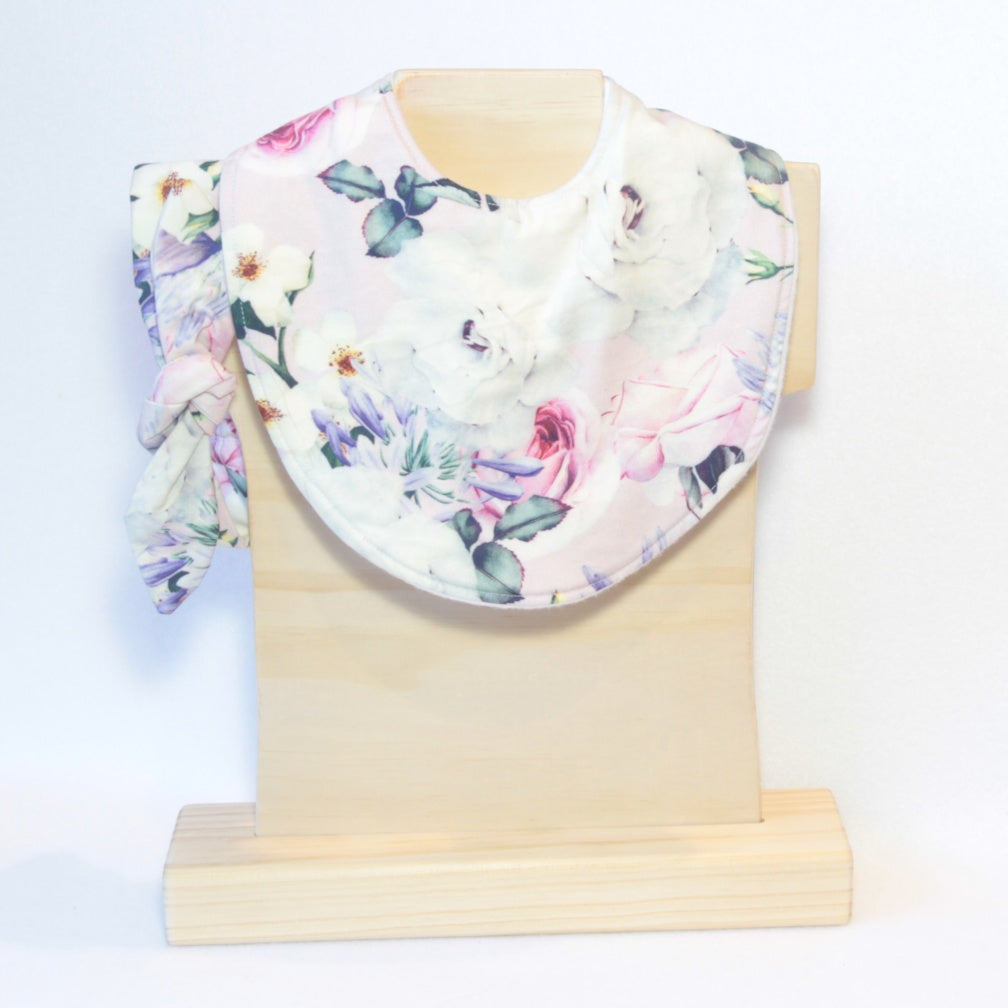 Mucky Duck Crafts pint with roses and agapathus regular dribble bib with matching top know headband