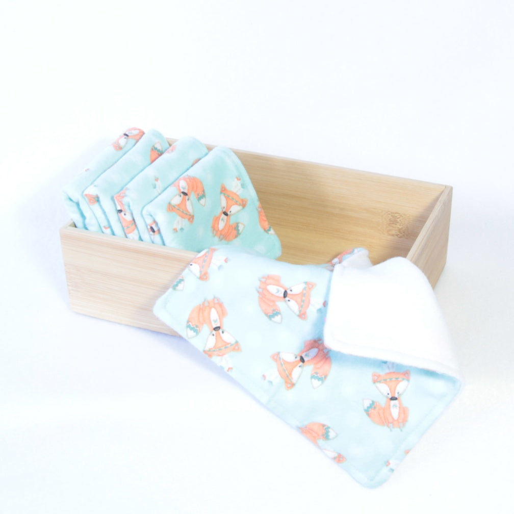 Mucky Duck Crafts set of 5 fleece backed reusable wipes in mint with foxes print