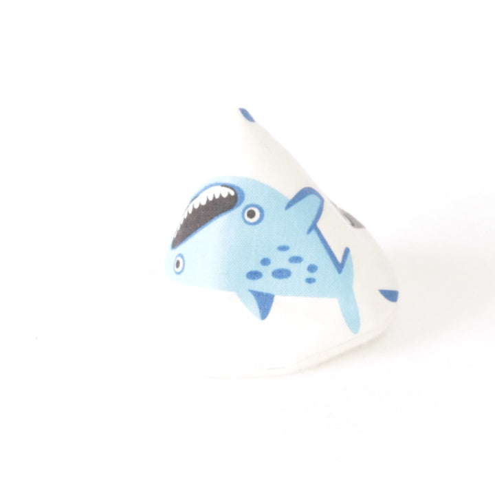 Mucky Duck wee wee tee pee white with blue grey and aqua sharks