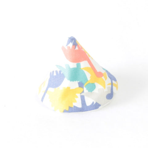 Mucky Duck wee wee tee pee blue aqua red and yellow dinosaur silhouettes