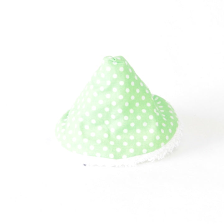Mucky Duck wee wee tee pee green with white dots