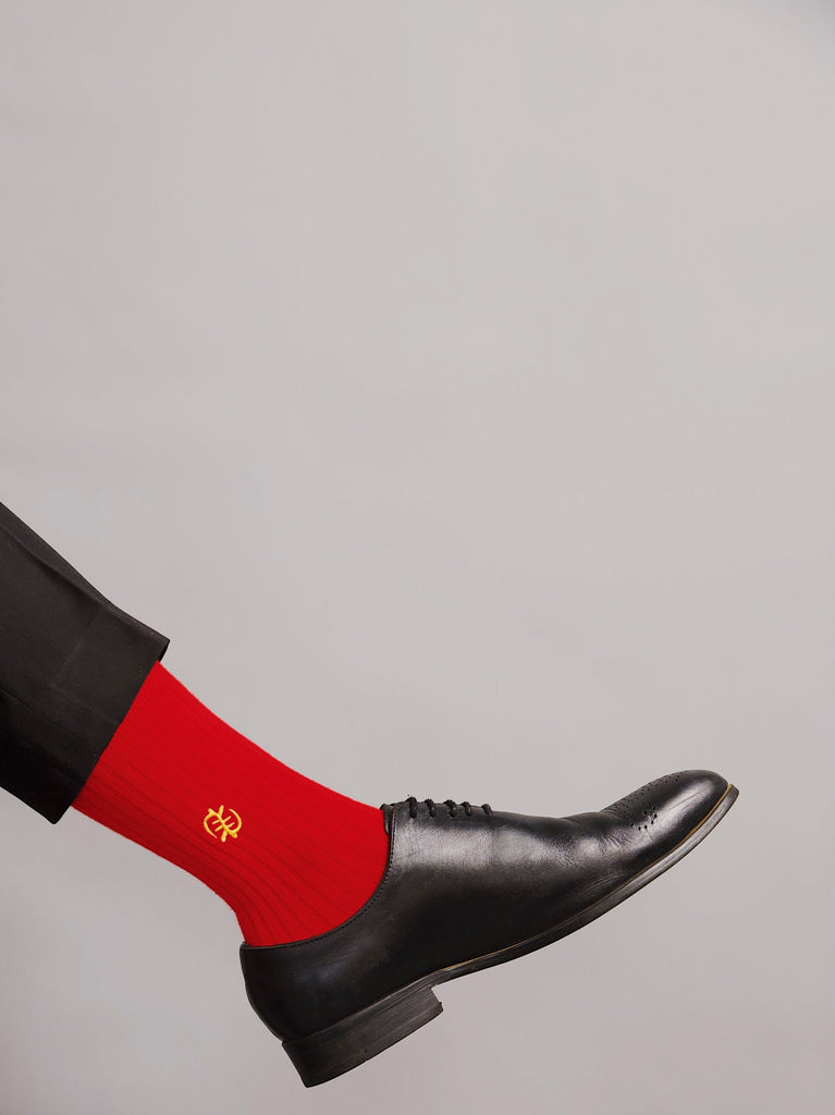 GNC RED SOCKS