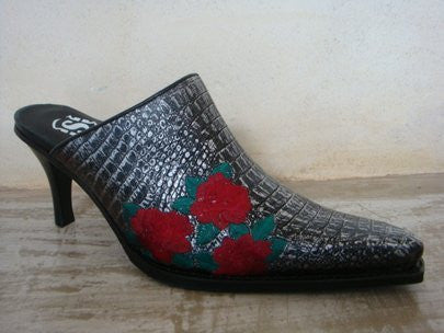 SENDRA LESS COCO METAL PLATE LEATHER EMBROIDED ROSES / LIMITED EDITION-MADE IN SPAIN