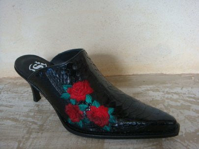 SENDRA LESS PYTHON LEATHER BARR NEGRO ROSES BLACK / LIMITED EDITION-MADE IN SPAIN