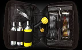 TYRE PUNCTURE REPAIR KIT - COMPACT