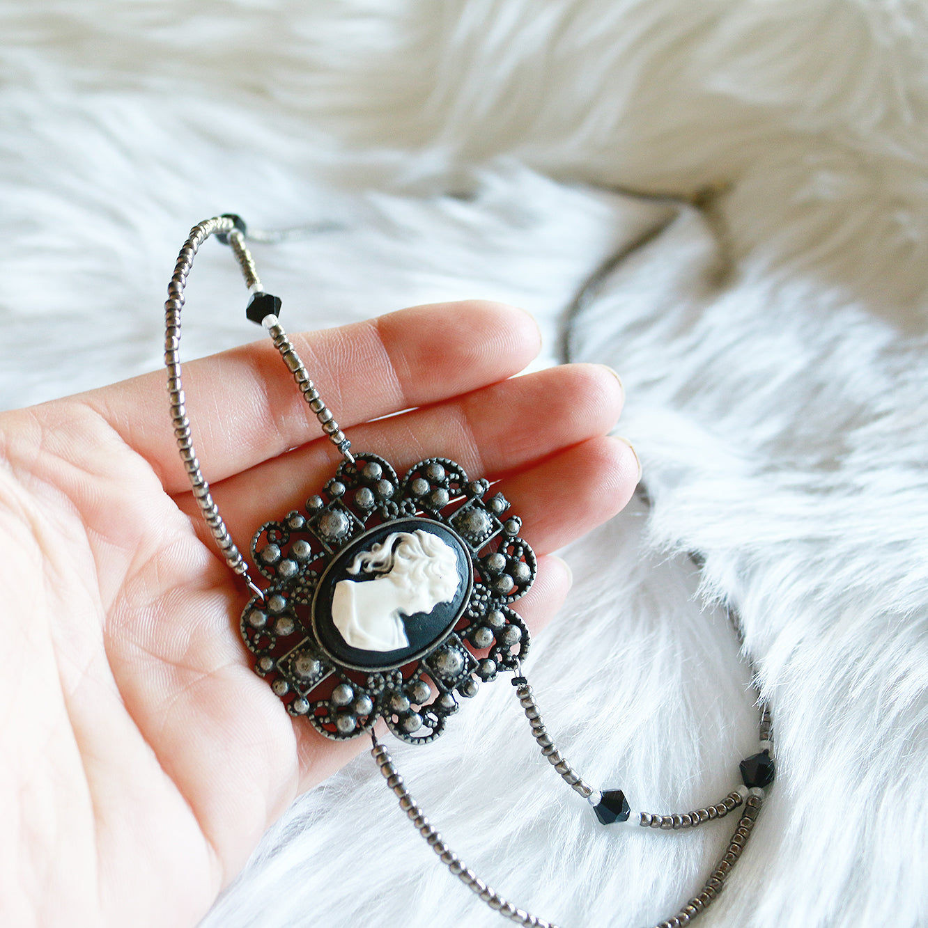 Lady Cameo Beaded Necklace