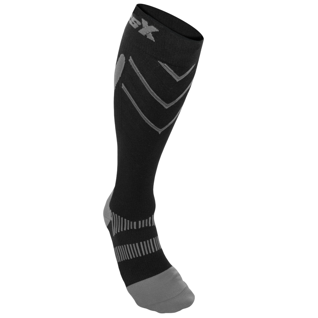 X200, 15-20 mmHg, Knee High, Compression Socks, Silver on Black, Front View