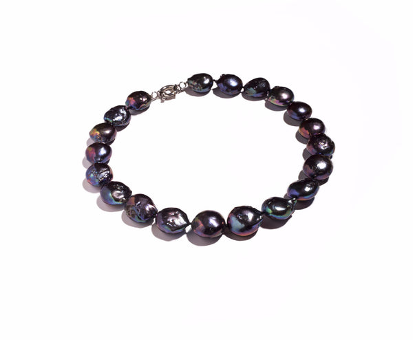 La BAROQUE 'Blackberry' Pearl Necklace