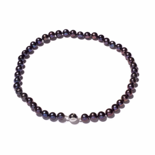 La PALOMA BLACKBERRY - Magnetic clasp single row pearl necklace