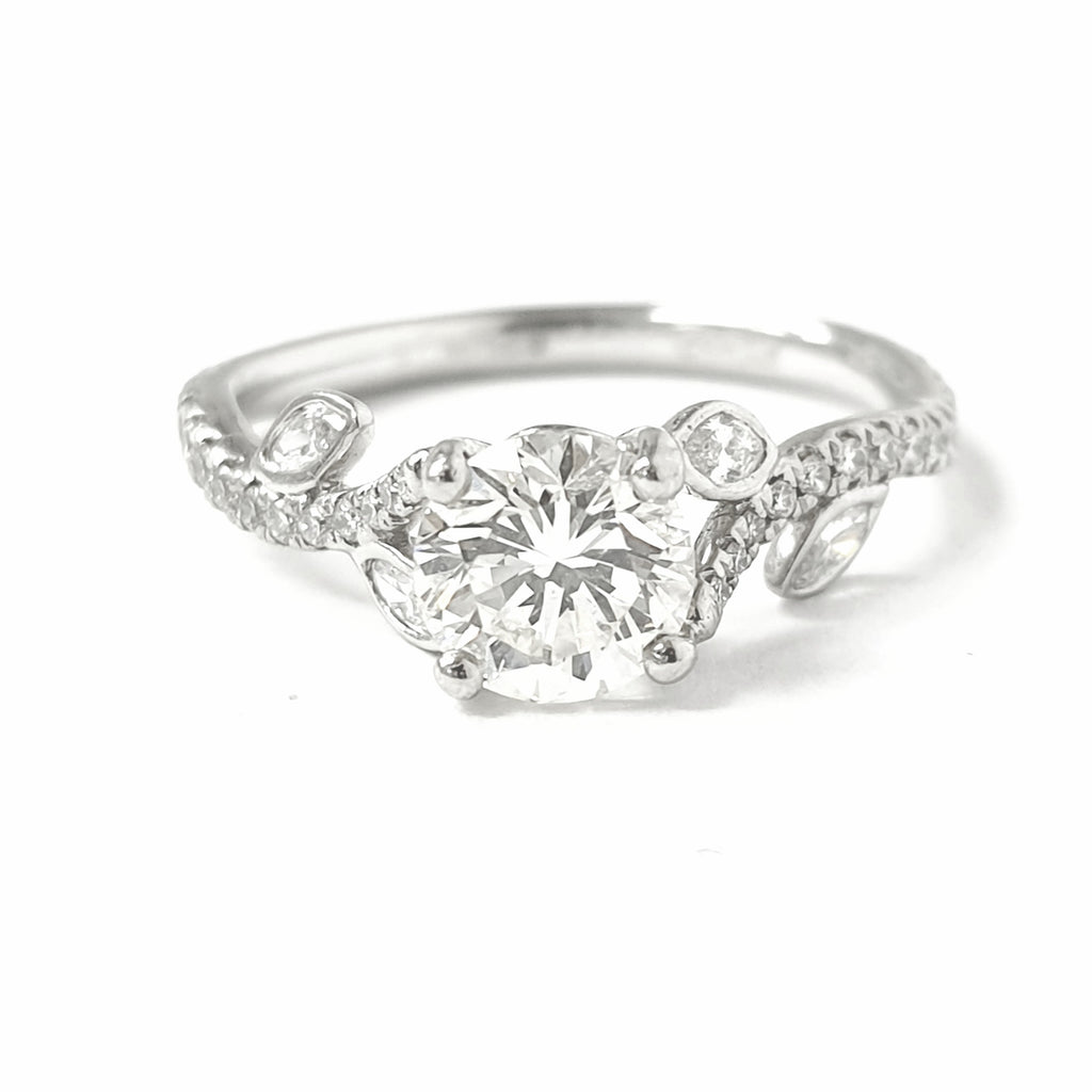 Platinum Solitaire Ring with Fancy Diamond Shoulders 1.01ct