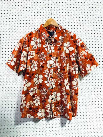 Vintage & Preloved 'Pineapple Connection' Button Up Shirt