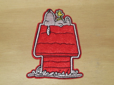 Patch & Pin 'Snoopy - In the Doghouse' Patch