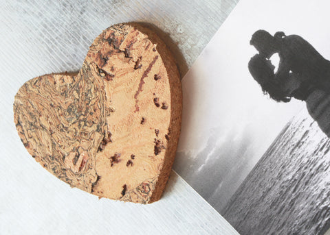Liga Sustainable Cork Heart Magnet Displaying Photograph