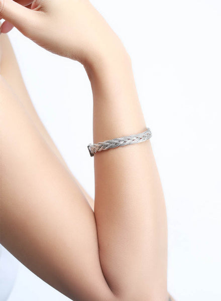 Striking Pleated Chain Bracelet - Sterling Silver - LeCalla