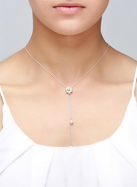 Sliding Neckline Flower Silver Necklace - Sterling Silver - LeCalla