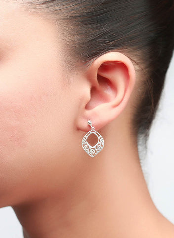 Inimitable Dangler Earrings - Sterling Silver - LeCalla