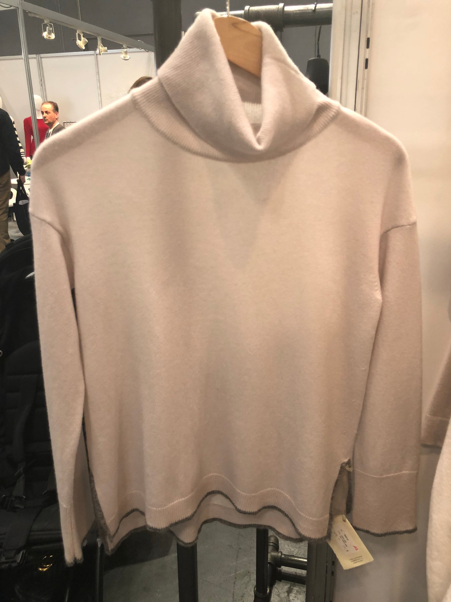 PR-30012 Turtle neck cashmere sweater