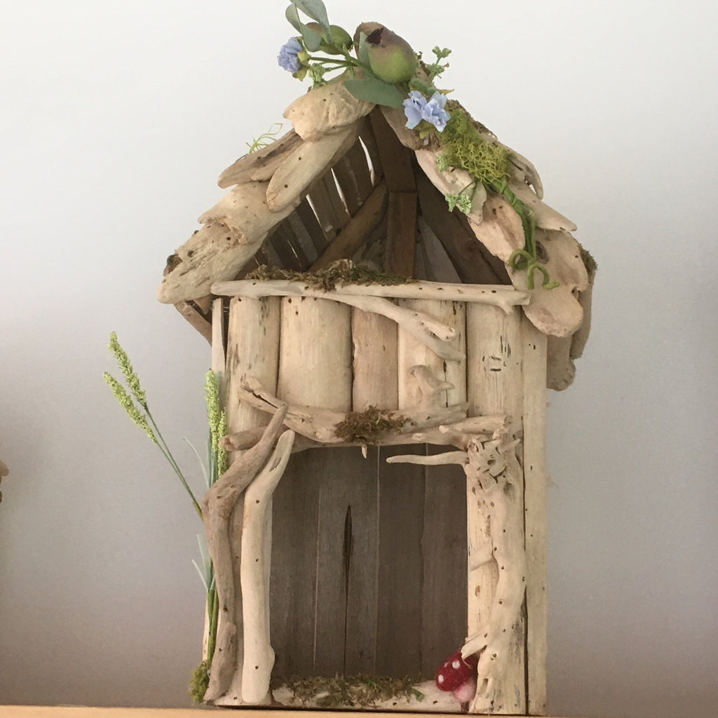Drift wood Cottage -large
